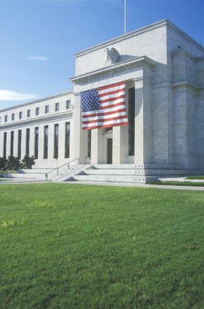 American Flag hung on The Federal Reserve Bank, Washington, D.C. 新闻类图片
