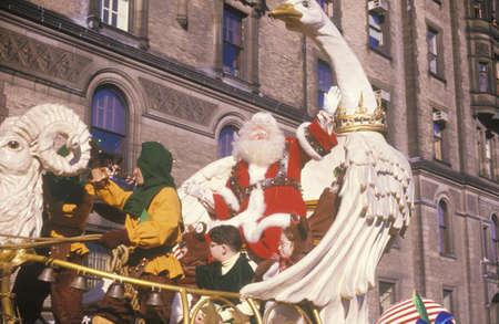 macys: Babbo Natale su Float, Thanksgiving Day Parade di Macy, New York, New York