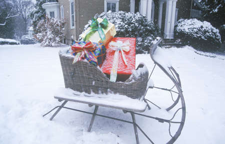 Sleigh with Gifts on Lawn, St. Louis, Missouri Stock Photo - 20511727