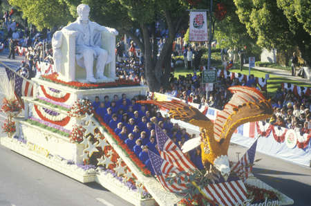 rose bowl parade: Abraham Lincoln Float in Rose Bowl Parade, Pasadena, California