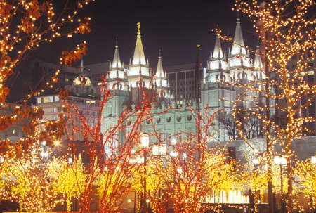 mormon temple: Mormon Temple at night in Salt Lake City Utah