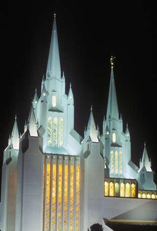 mormon temple: Mormon Temple at night in Northern San Diego California Editorial