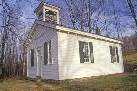 school house: Una iglesia o una casa escuela en Catskills de Nueva York Editorial