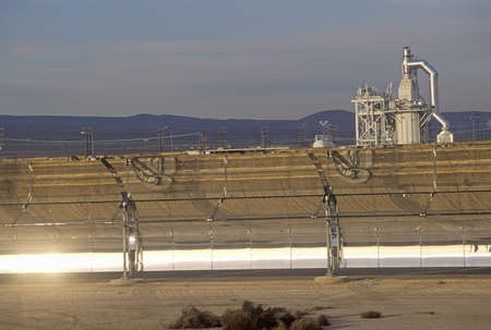 barstow: LUZ Solar plant in Barstow, CA Editorial