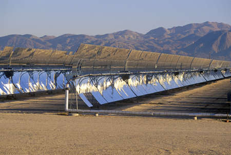 barstow: Solar Two panels at the South California Edison Plant in Barstow, CA