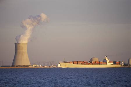 nuclear power plant: Salem Nuclear Power Plant at Delaware Bay, NJ