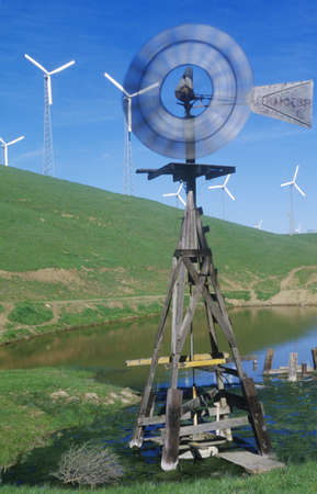 altamont pass: Windmill and wind turbines on Route 580 in Livermore, CA Editorial