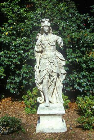 statuary garden: Statuary in Huntington Library and Gardens, Pasadena, CA
