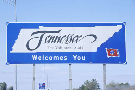 cultural artifacts: Welcome to Tennessee Sign Editorial