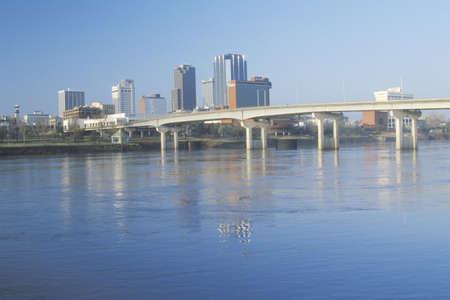 sprawl: Arkansas River and skyline in Little Rock, Arkansas