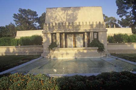 frank: Frank Lloyd Wrights �Hollyhock House�, Los Angeles, California