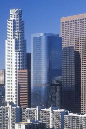 市庁舎、ロサンゼルス、カリフォルニア州から見た新しいロサンゼルスのスカイライン
