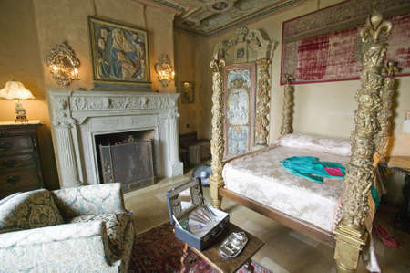 Interior of guest bedroom at Hearst Castle, Americas Castle, San Simeon, Central California Coast Sajtókép