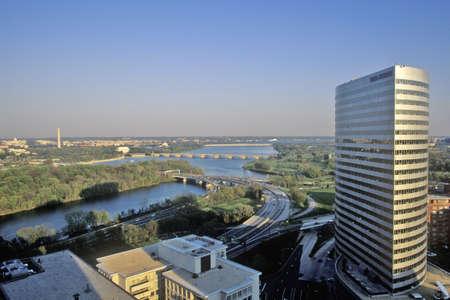 rosslyn: Gannett Building, Washington, DC and Rosslyn, Virginia Editorial