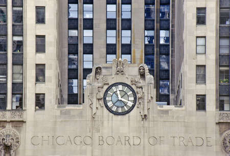 photographies: Clock on the Chicago Board of Trade Building, Chicago, Illinois