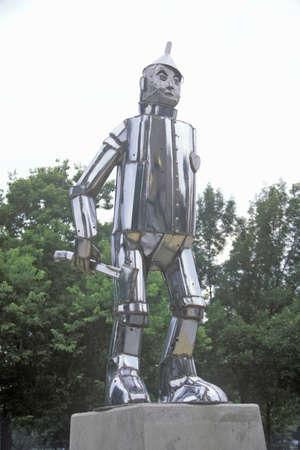 tin: Tin Man Statue at Oz Park, Chicago, Illinois
