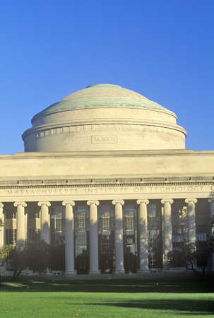 institute of technology: Massachusetts Institute of Technology, Cambridge, Massachusetts