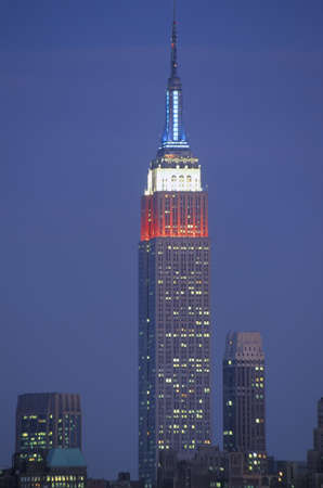 View of Empire State Building lit up in remembrance of September 11, 2001 from Weehawken, NJ Stock Photo - 20491552