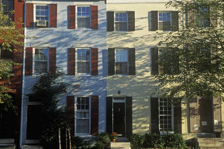 rij huizen: Rijtjeshuizen, Philadelphia, PA Redactioneel
