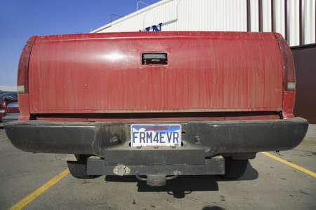 plaque immatriculation: Ferme toujours la plaque d'immatriculation, le Dakota du Sud �ditoriale