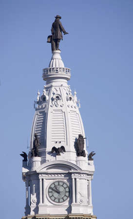 william penn: Statue of William Penn high atop City Hall in downtown Philadelphia, Pennsylvania
