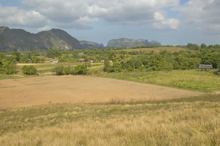 Campo de la granja en el Valle de Viales, en el centro de Cuba