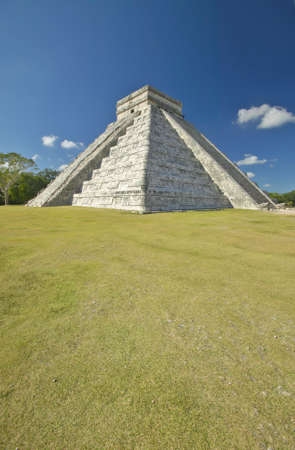 kukulkan: La pir�mide maya de Kukulc�n (tambi�n conocida como El Castillo) y las ruinas de Chich�n Itz�, Pen�nsula de Yucat�n, M�xico