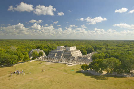 A panoramic view of the Temple of the Warriors out of jungle at Chichen-Itza. A Mayan ruin, in the Yucatan Peninsula, Mexico Stock fotó