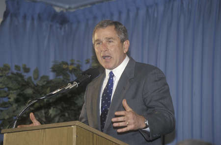 campaigning: George W. Bush speaking at Rotary Club, Portsmouth, NH in 2000 Editorial