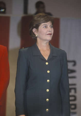 political and social issues: Laura Bush at campaign rally, Burbank, CA in 2000