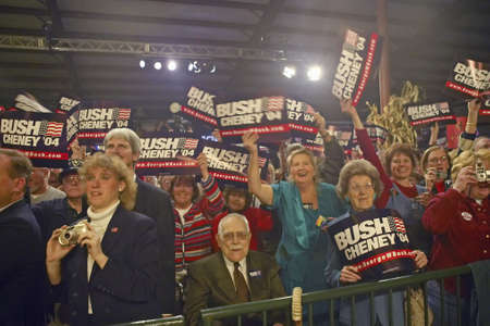 political and social issues: Campaign rally in Ohio attended by Vice Presidential candidate Dick Cheney, 2004