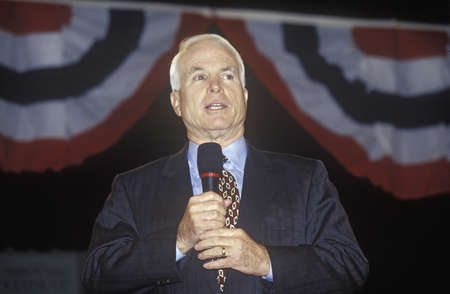 primaries: Senator John McCain speaking at Presidential Youth Forum at Anselm College, NH, January 2000 Editorial