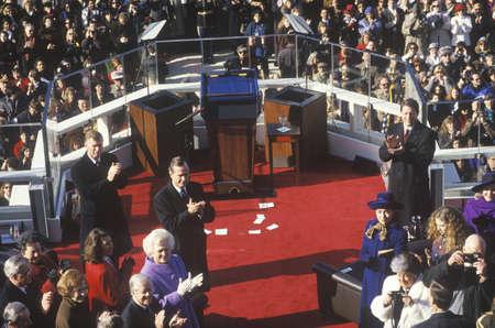 feestelijke opening: Bill Clinton wordt verwelkomd als 42e president, op Dag van de Inauguratie 1993, Washington, DC