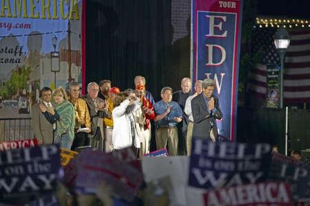 senator: Senator and Mrs. John Kerry on stage of Believe in America campaign tour, Kingman, AZ Editorial