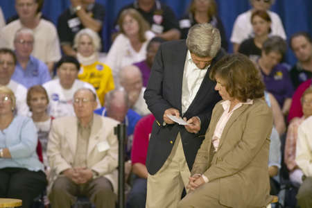 campaigning: Senator and Mrs. John Kerry addressing audience of seniors at the Valley View Rec Center, Henderson, NV Editorial