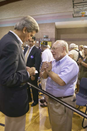 campaigning: Senator John Kerry interacting with senior at the Valley View Rec Center, Henderson, NV