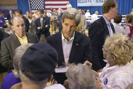 rec: Senator John Kerry interacting with crowd of seniors at the Valley View Rec Center, Henderson, NV Editorial