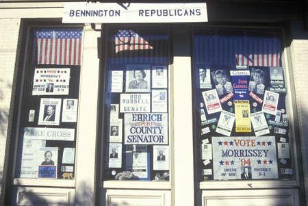 republican: Exterior de la oficina del Partido Republicano en Bennington, VT Editorial