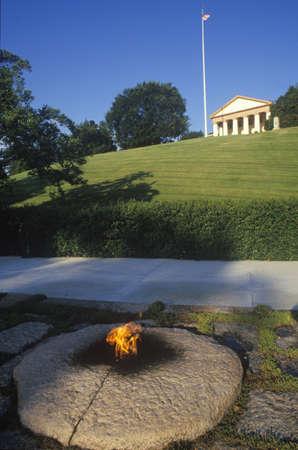 jfk: Eternal Flame at the tomb of President John F. Kennedy, Arlington Cemetery, Washington, D.C.