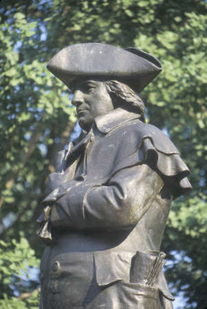 founding: Statue of Robert Morris, Founding Father and signer of Declaration of Independence