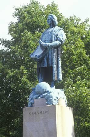christopher: Christopher Columbus statue