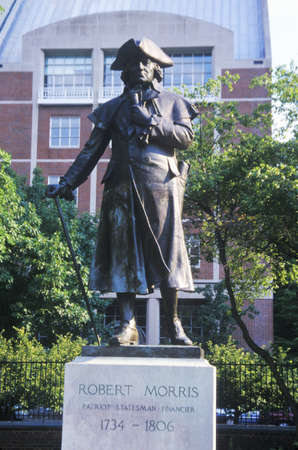 morris: Statue of Robert Morris, Founding Father and signer of Declaration of Independence