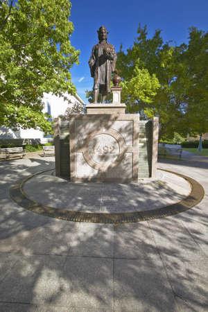 christopher columbus: Statue of Christopher Columbus at State Capitol in Columbus, Ohio