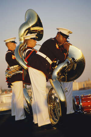 Marines with tubas preparing to march Imagens - 20737931
