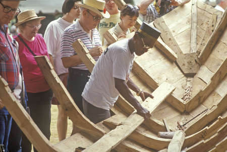 Indonesian boat building at the Festival of American Folklife, Washington, DC 新聞圖片