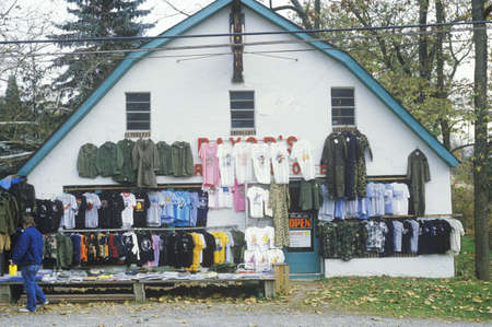 roadside stand: Discount clothes for sale at roadside store, NJ