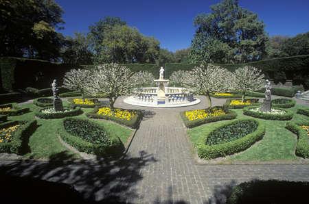 elizabethan: The Elizabethan Gardens, Roanoke Island, NC