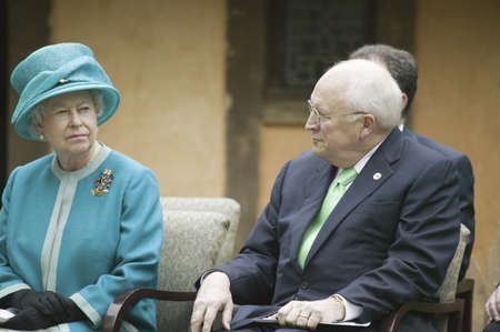 queen elizabeth ii: Left to right, Her Majesty Queen Elizabeth II, former Supreme Court Justice Sandra Day OConnor and Vice President Dick Cheney observing ceremony at James Fort, Jamestown Settlement, Virginia on May 4, 2007, the 400th Anniversary of English establishment