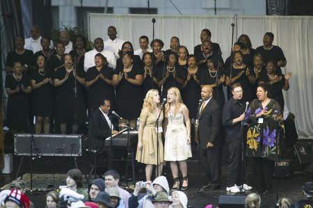 gospel: Gospel Choir performing at Capitol Square in front of Virginia State Capitol in Richmond Virginia, as part of welcoming ceremonies for Her Majesty Queen Elizabeth II and the 400th Anniversary of the Jamestown Settlement, Virginia, May 3, 2007