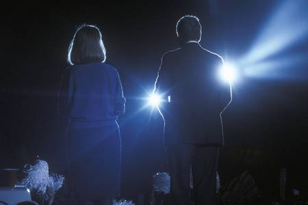 campaigning: Governor Bill Clinton and wife Hillary Clinton at a Texas campaign rally in 1992 on his final day of campaigning in McAllen, Texas